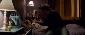 10.Emilie et Aleks dans la chambre Gdef 1920x1080